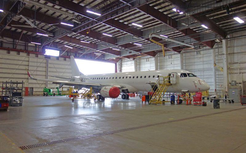 E190-in-Hangar-Macon