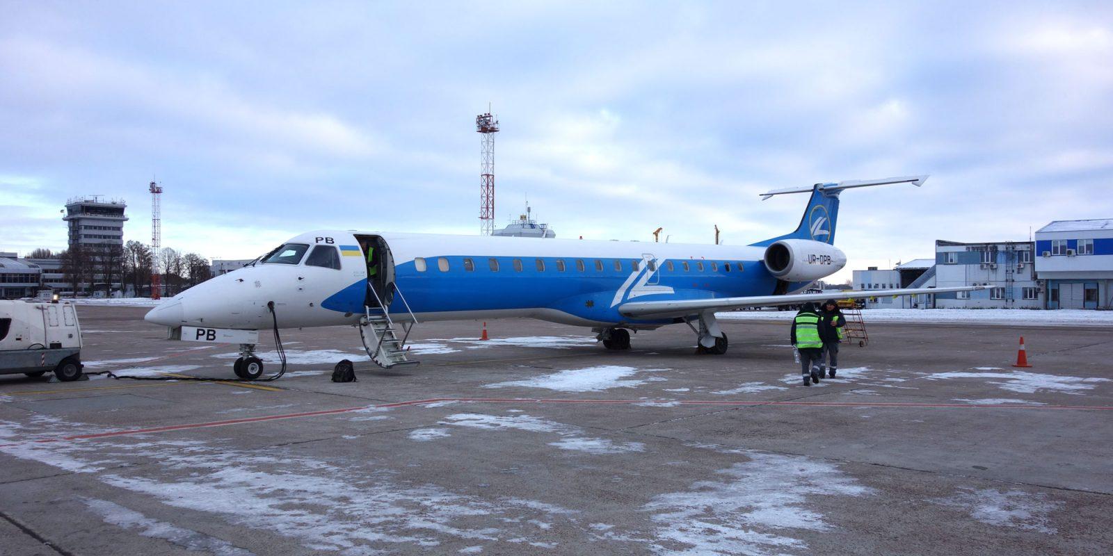 Embraer-E145